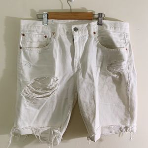 Other - White distressed Levi's shorts